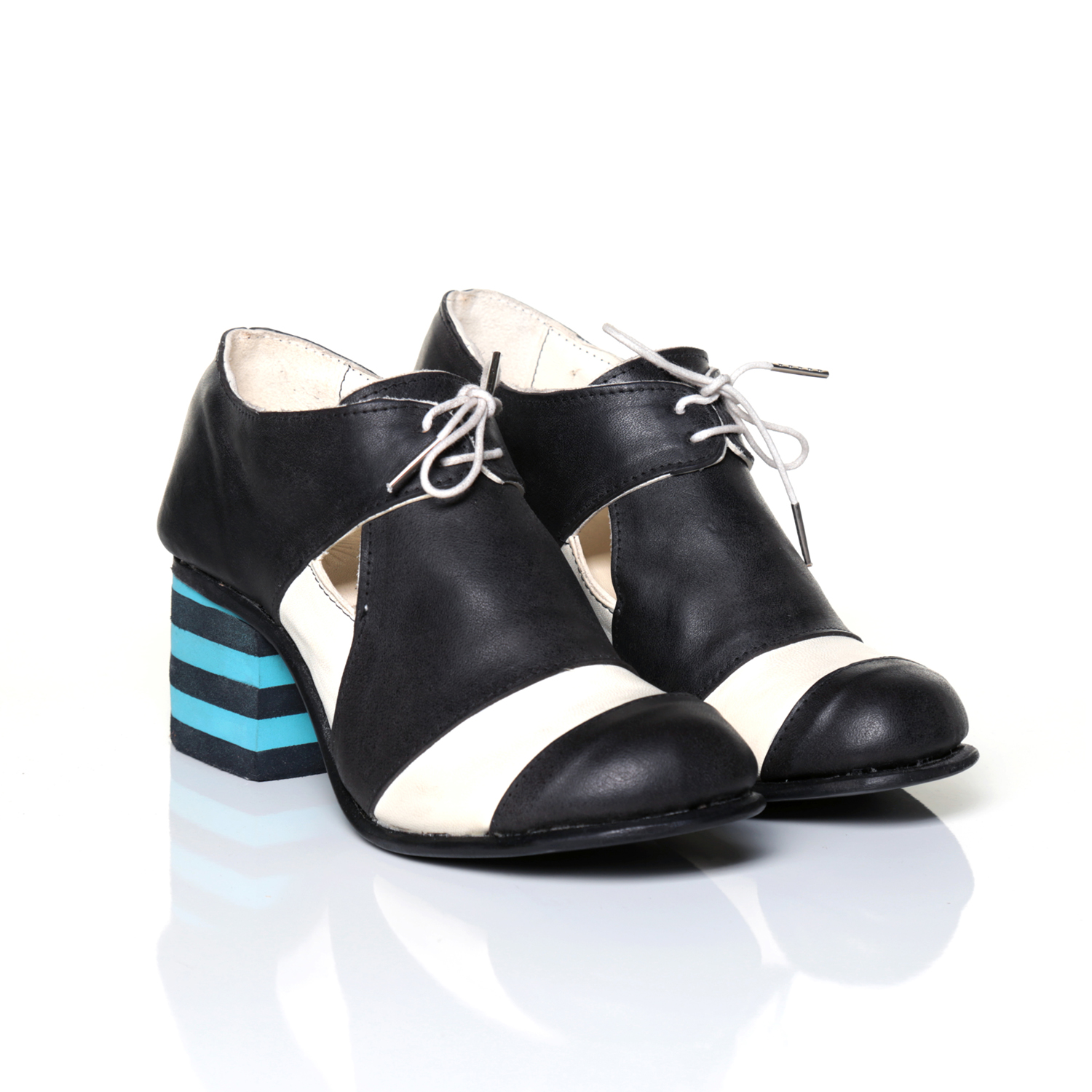 Thomas+Rowe_Shoes_07